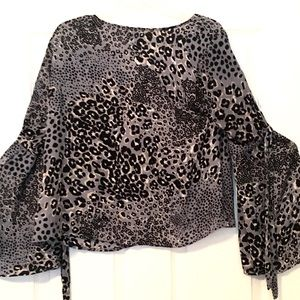 Tops - w/TAGs Leopard Skin TIE Sleeve V-Neck BLOUSE TOP